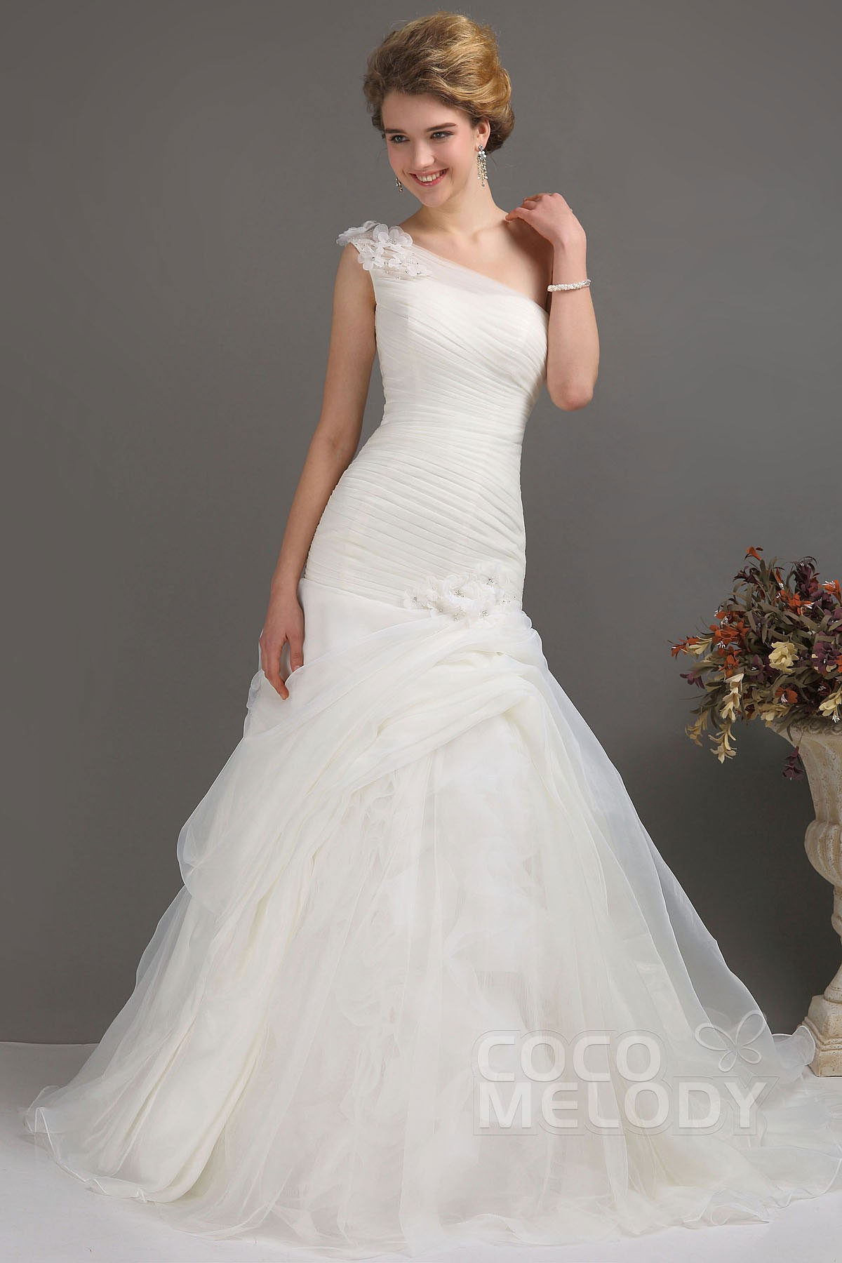 Trumpet-Mermaid Train Organza Wedding Dress CWLT130DD | Cocomelody