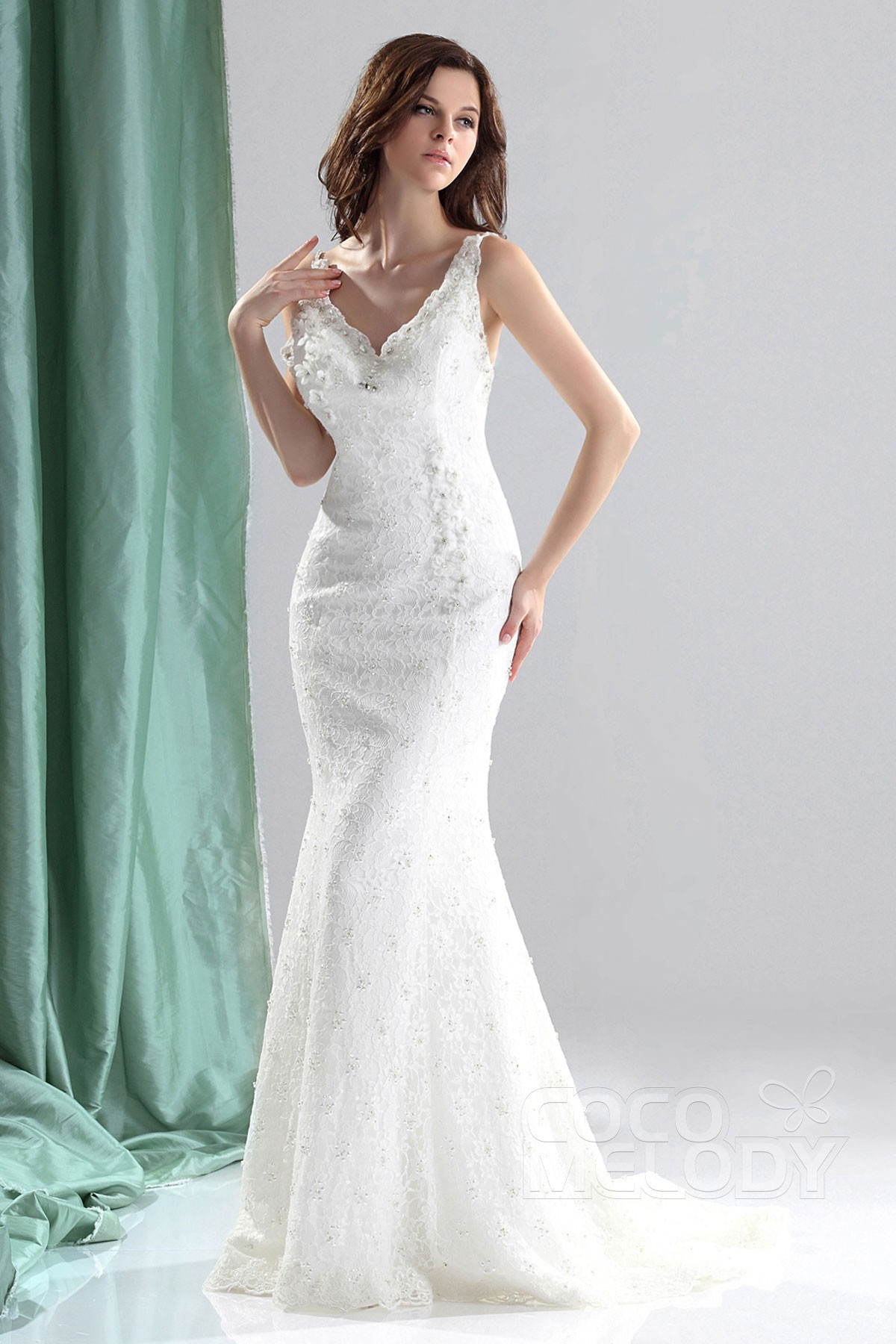 Trumpet-Mermaid Court Train Lace Wedding Dress CWZT13011 | Cocomelody