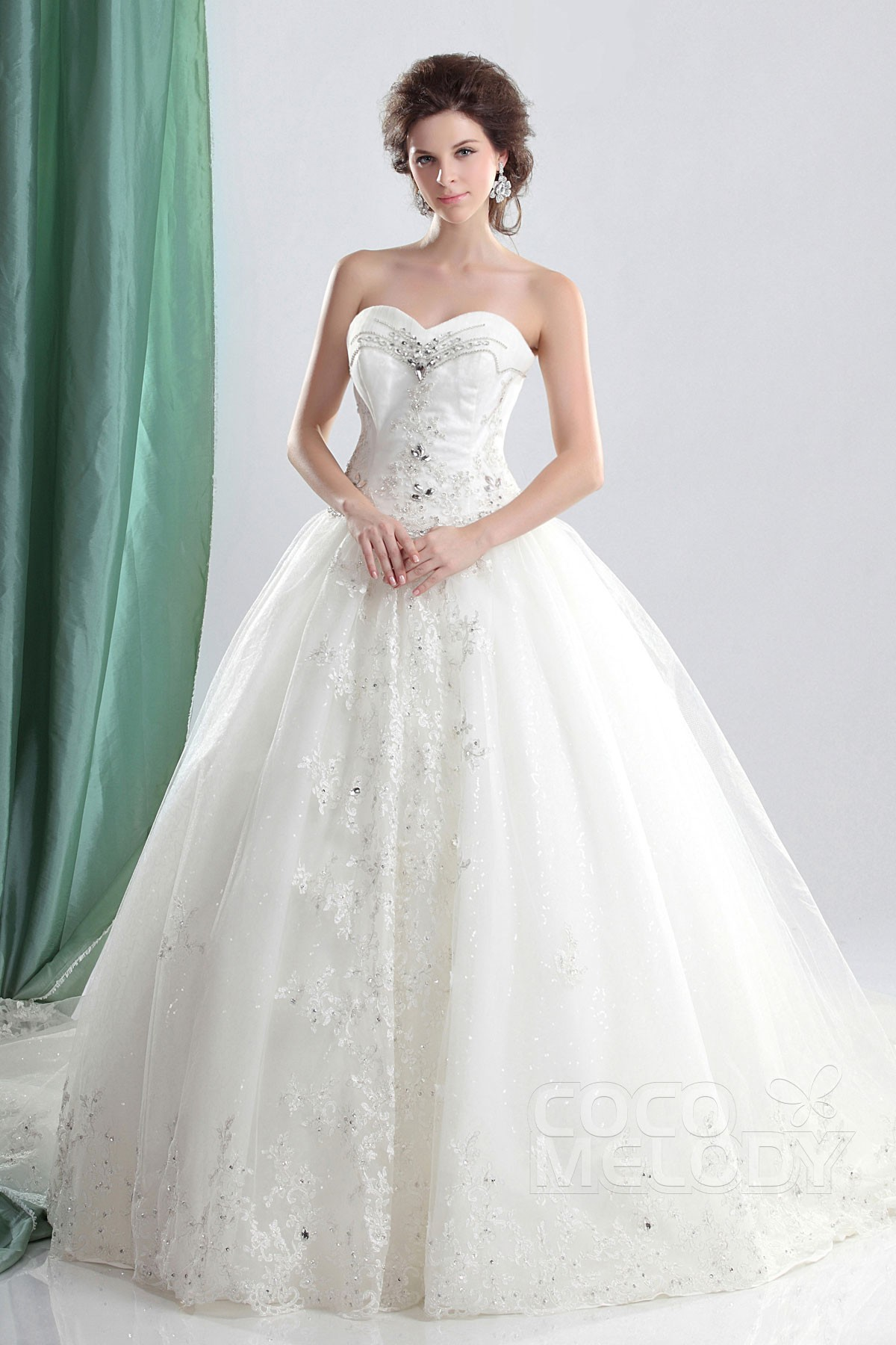 Ball Gown Chapel Train Tulle Wedding Dress CWLT13044 | Cocomelody