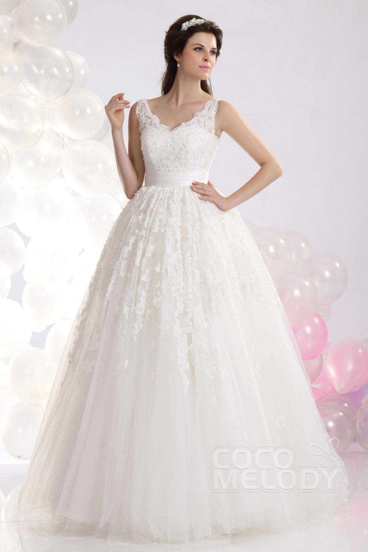 Cocomelody: Princess V-Neck Natural Floor Length Tulle Wedding Dress ...