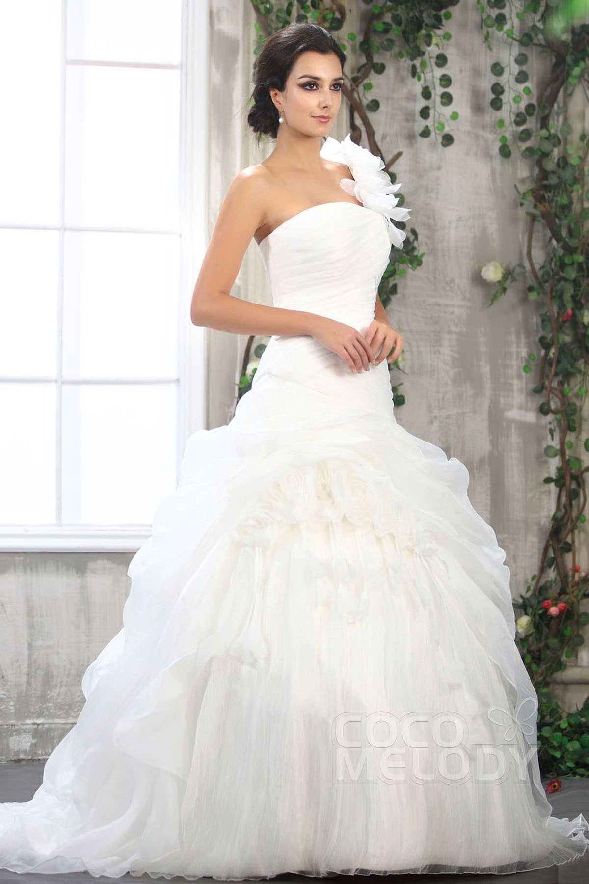 Ball Gown Court Train Organza Wedding Dress CWLT1306B | Cocomelody