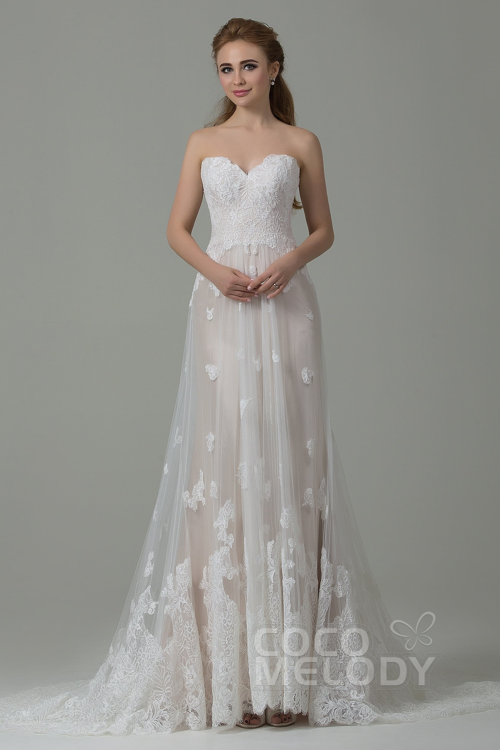 Sheath Column Court Train Tulle And Lace Wedding Dress With Liques Cwzt15008