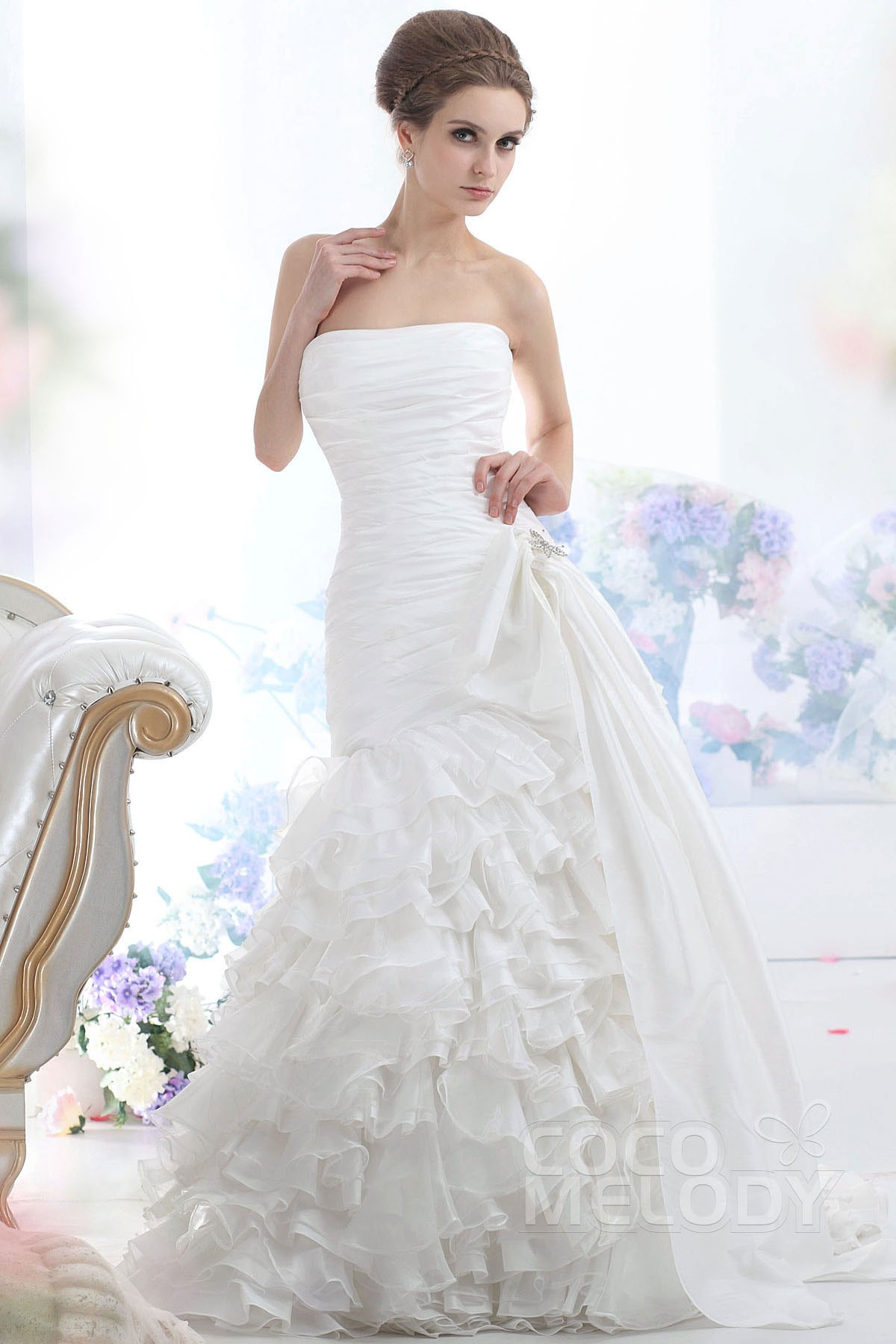 Cocomelody: Trumpet-Mermaid Strapless Court Train Organza Wedding ...