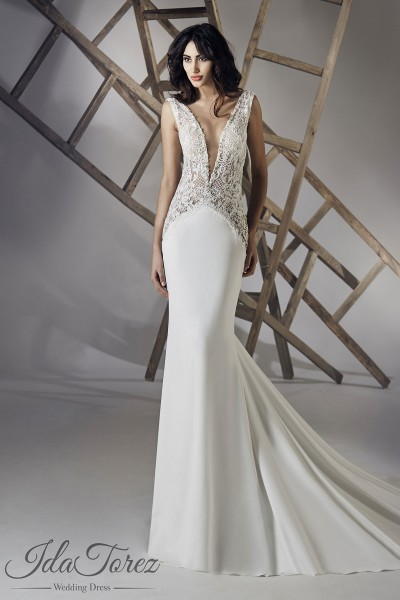94fa25d9c01 Luxurious Trumpet-Mermaid V-Neck Natural Chapel Train Stretch Crepe Ivory  Sleeveless Open Back