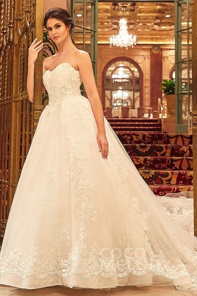 3294e468 57 Best Princess Gown & Ball Gown Wedding Dresses | Cocomelody®
