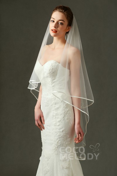 bb03fc43b295c Romantic One-tier Ribbon Edge Tulle Ivory 200 150cm Hip Veils AV160015