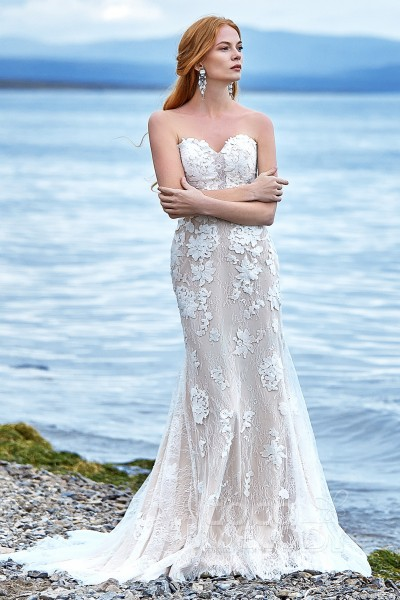 d19fc5defb9c Wedding dresses that fit your style and budget! | Cocomelody®