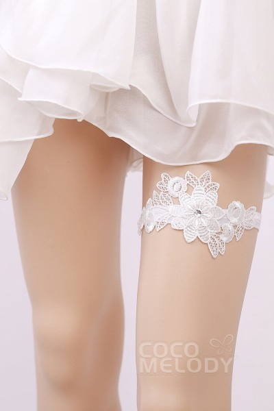6a12c703391 Lace Wedding Garter with Diamond WD17001