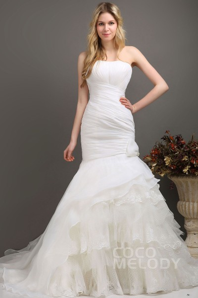 f4ed3dd79d Trumpet-Mermaid Train Organza Wedding Dress CWLT130E2