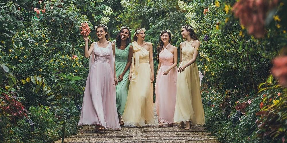 526940c3d9a Blog - The 5 Best Fabrics for Summer Brides   Bridesmaids