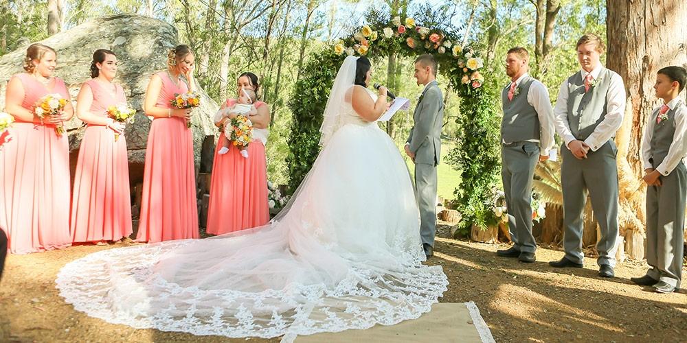 9c994c5ae83971 Real Wedding: Simone & Robert | Cocomelody®